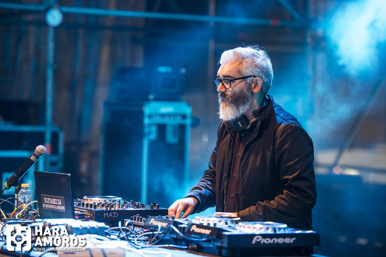 MBC_HD54 - viernes - 17 Blutaski DJ - © Hara Amorós